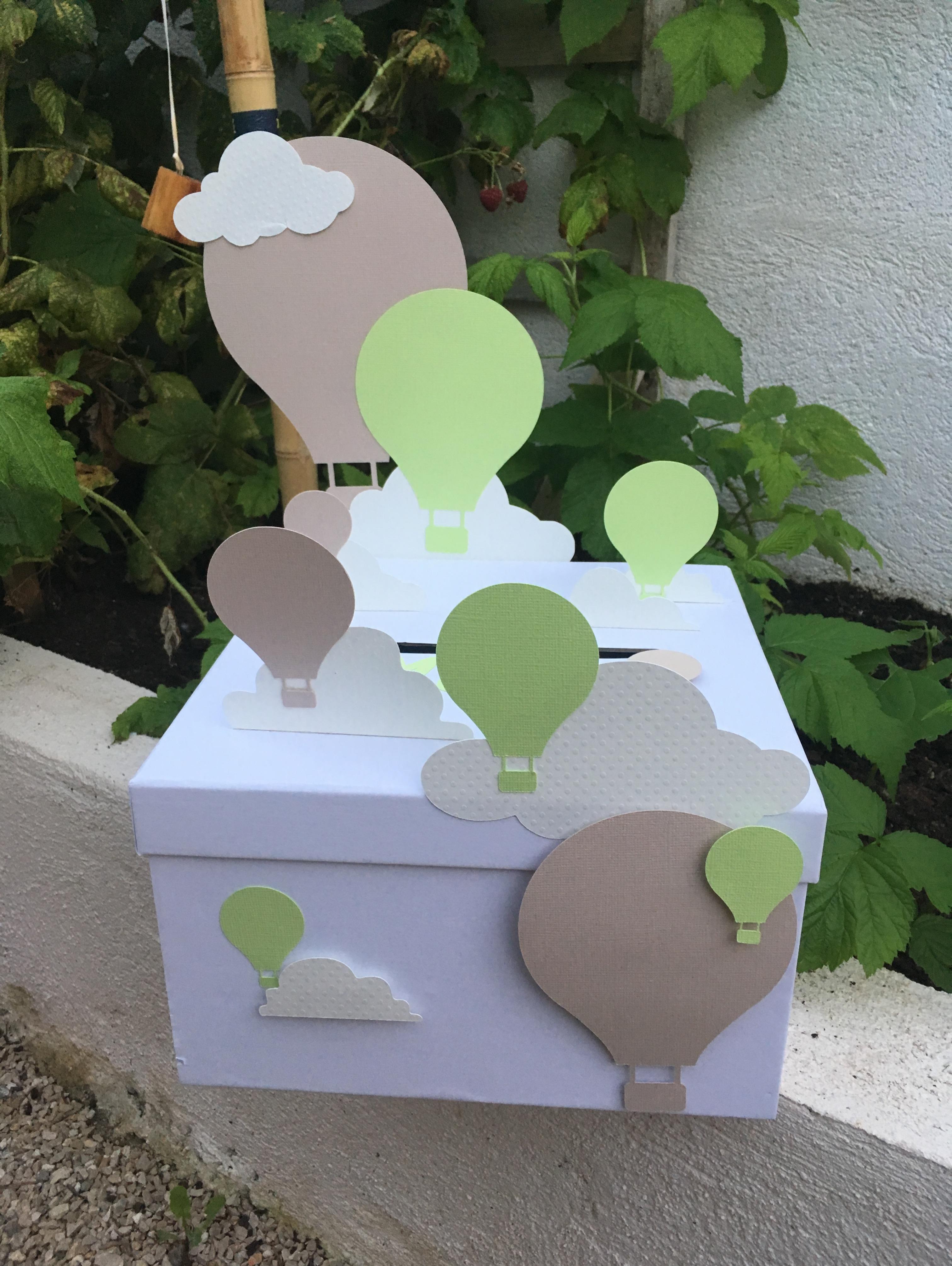 Mon urne montgolfière pour un baptême !