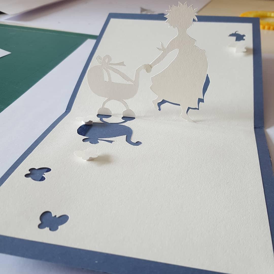 Kirigami pour cartes de voeux