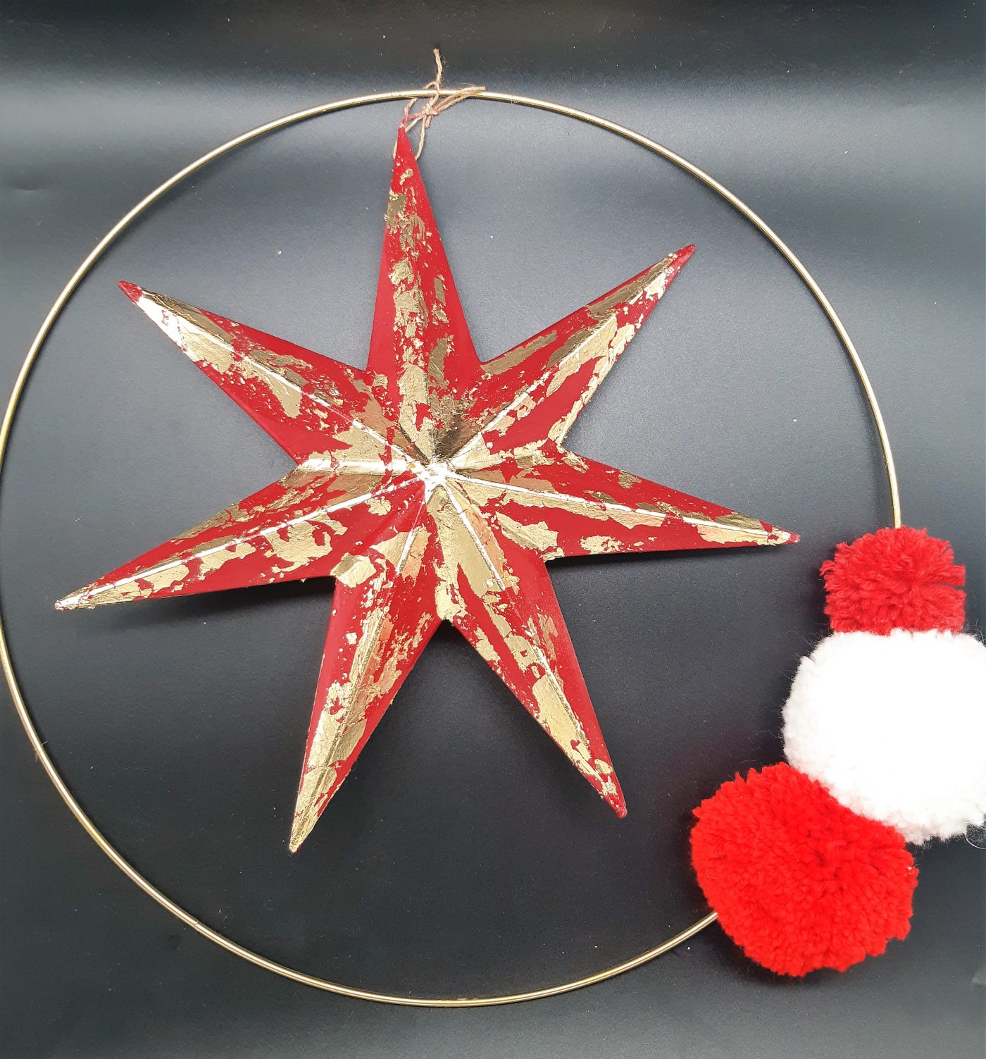 Etoile de Noël à la feuille d'or