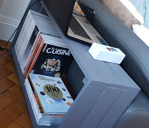 Une étagère/bout de canapé sur mesures en bois de palettes