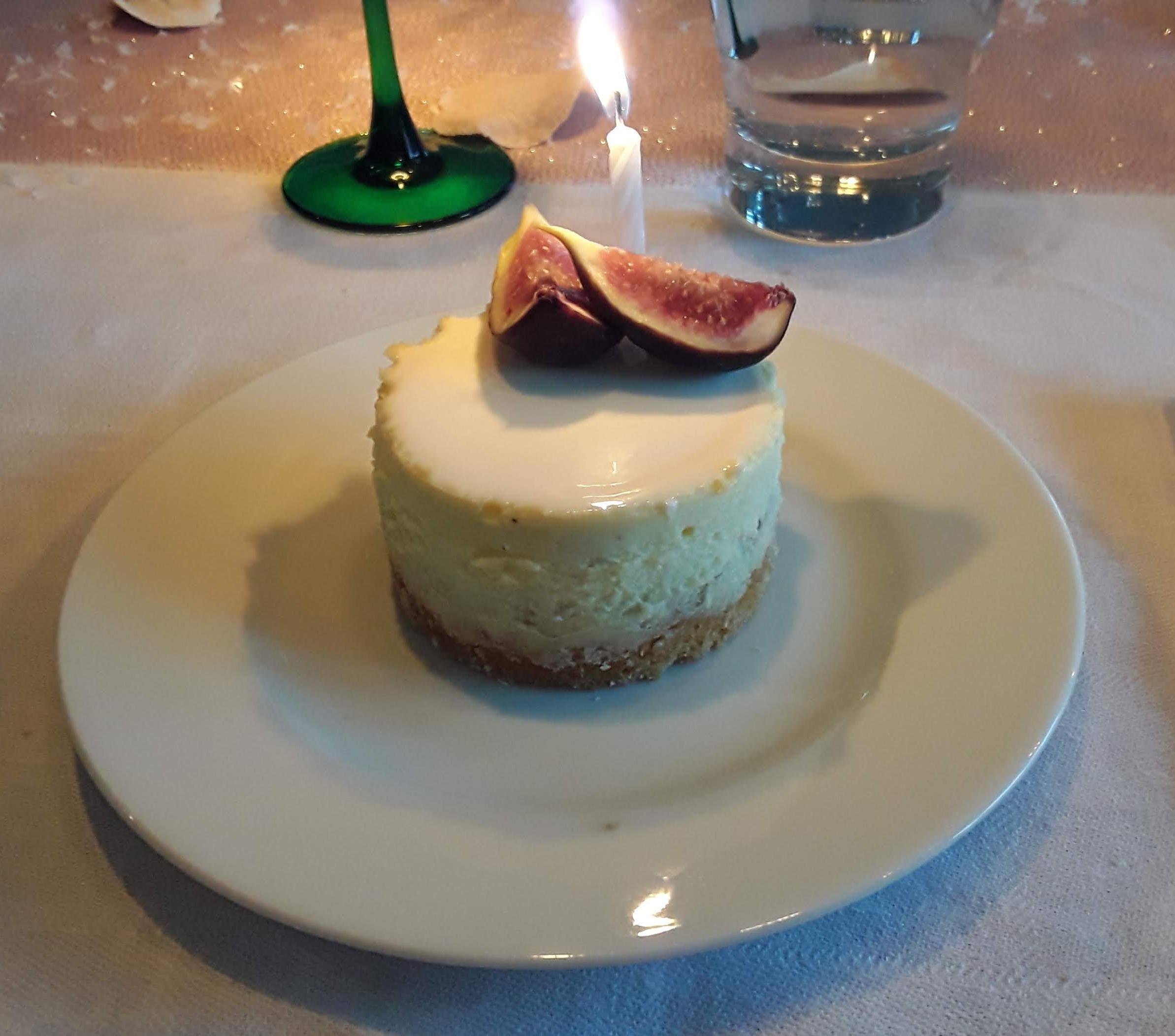 Mon autre revisite du gâteau au fromage frais... à la fève Tonka et aux figues !