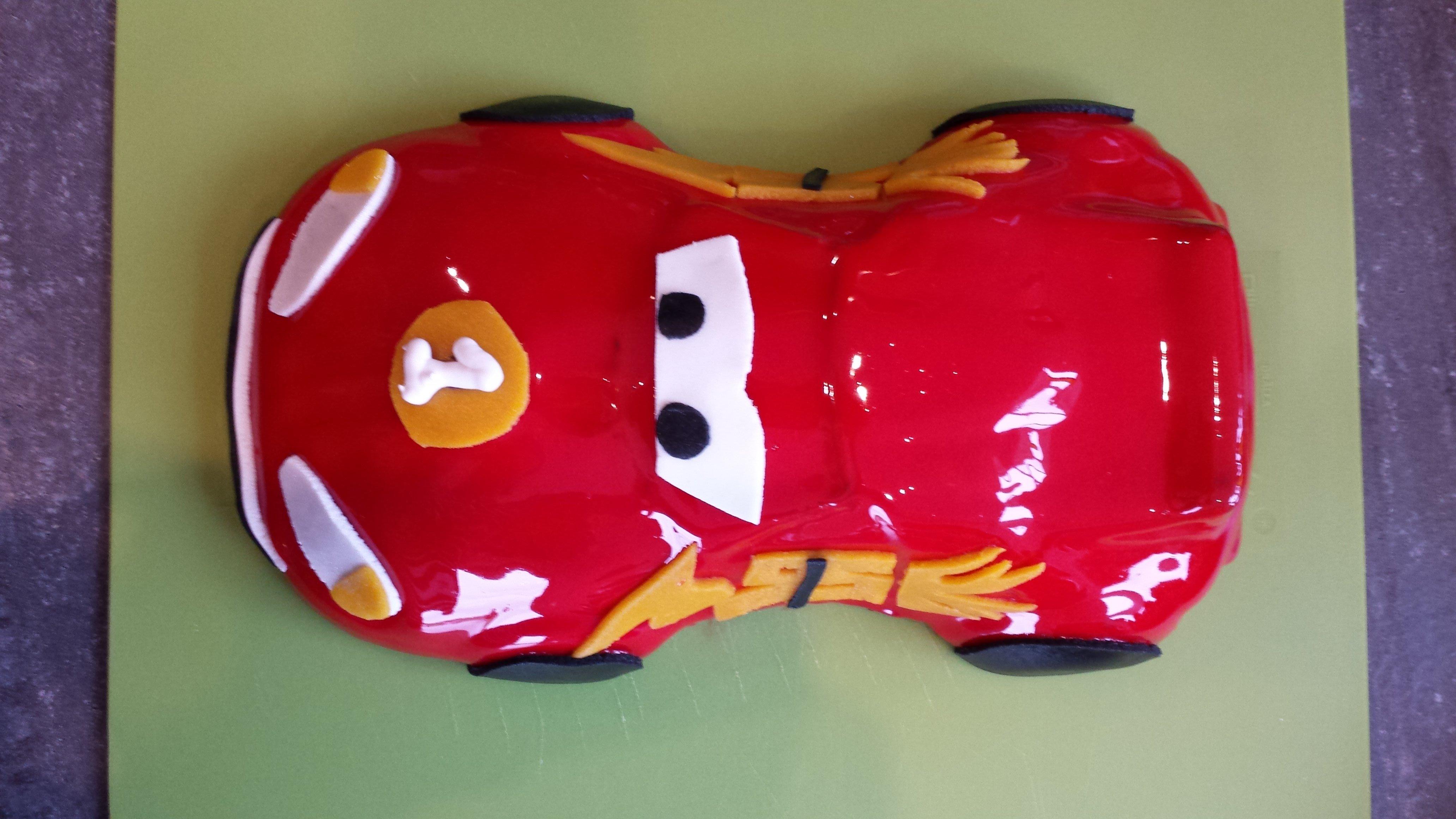Gâteau Cars Flash mac queen
