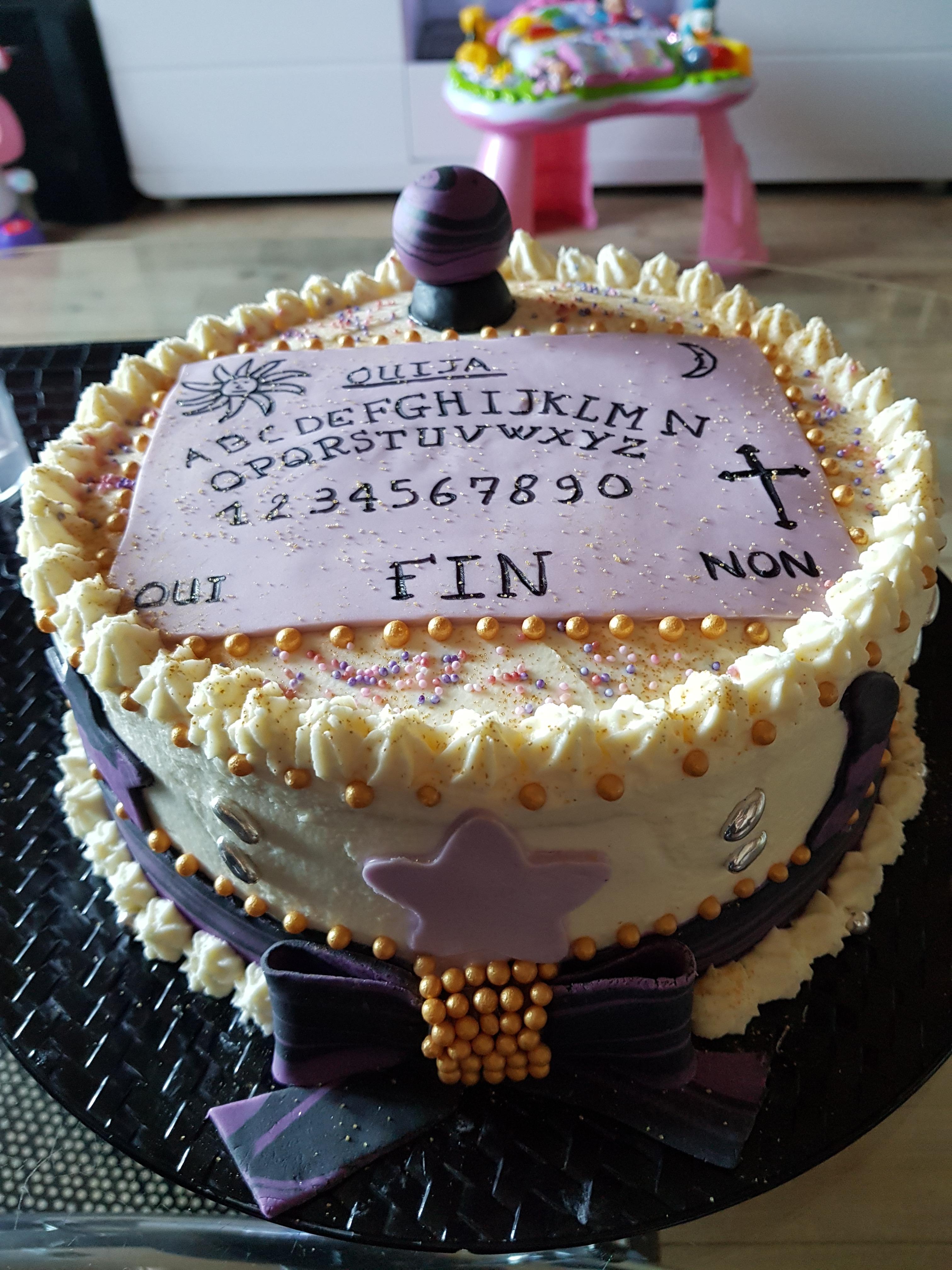 Rainbow cake pour une amie médium
