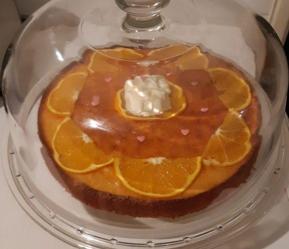 Plat à tarte avec cloche et recette du gâteau d'enfance à l'orange de «Jean-François Piège»
