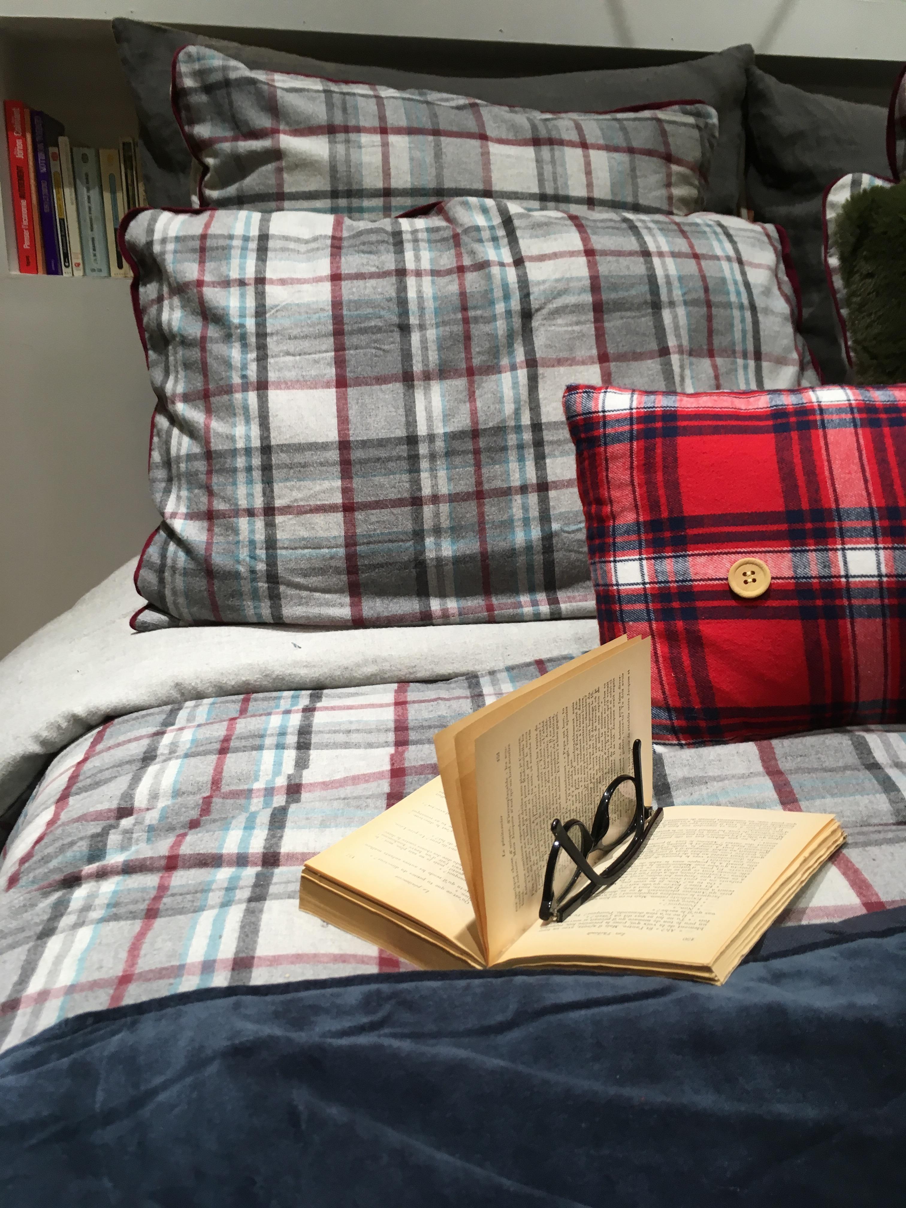 j 39 ai test pour vous mon lit en flanelle pour l 39 hiver. Black Bedroom Furniture Sets. Home Design Ideas