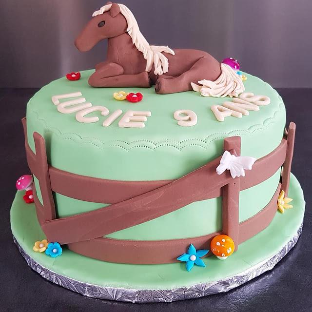 Gâteau thème cheval