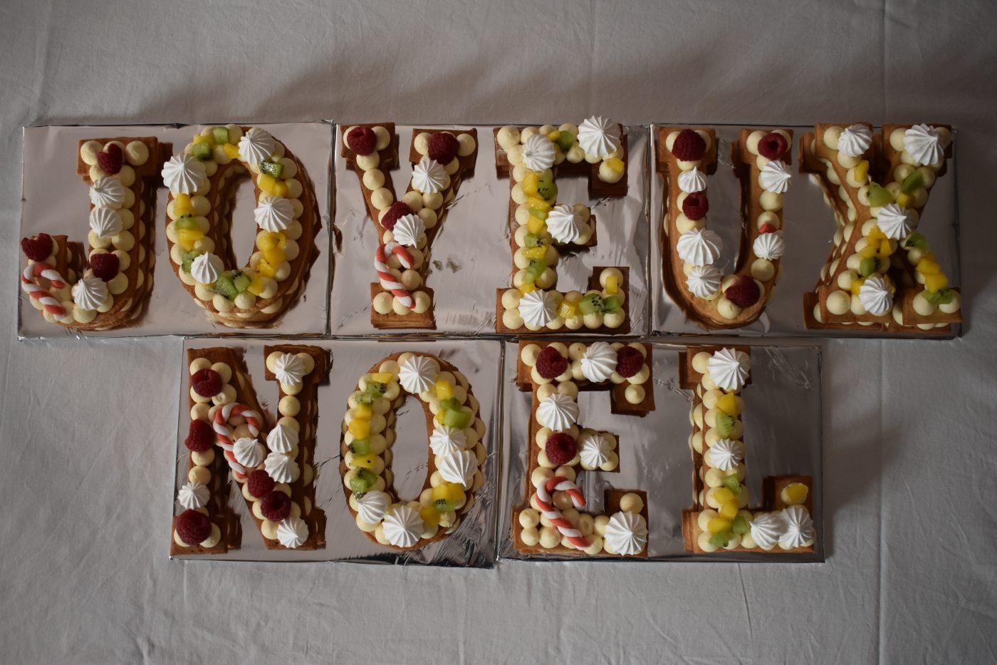 Letter Cake JOYEUX NOËL