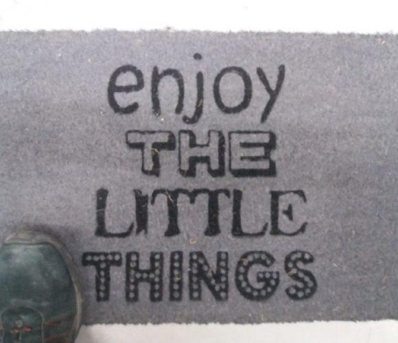 J'aime les petites attentions, mon paillasson message !