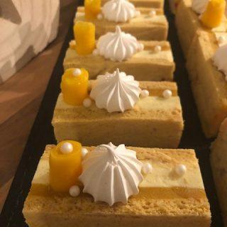 Mini bûche mangue vanille