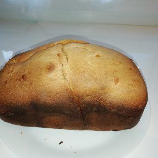 Pain brioché à la machine à pain.