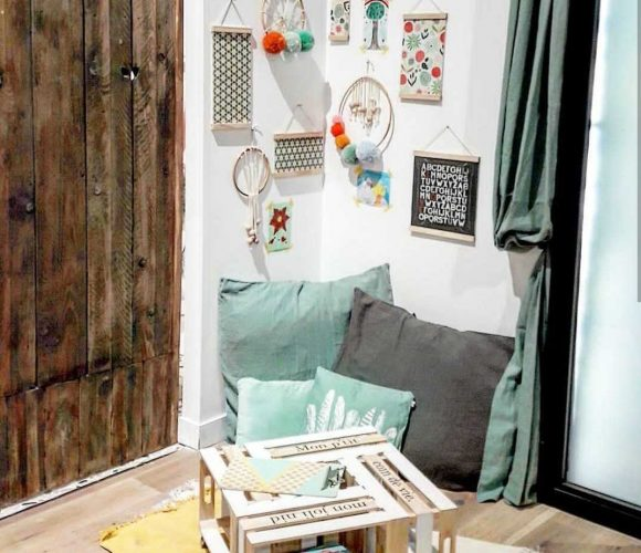 Table DIY enfants caisse