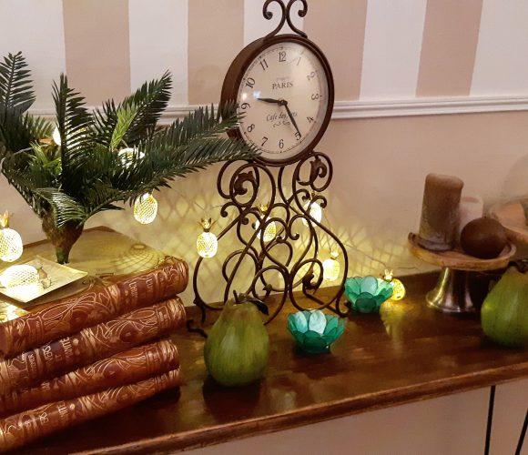 Guirlande lumineuse ananas dorée pour illuminer  ma console