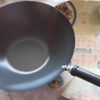 J'ai testé pour vous wok anti-adhésif en acier carbone 36cm  - GENIAL excellent achat