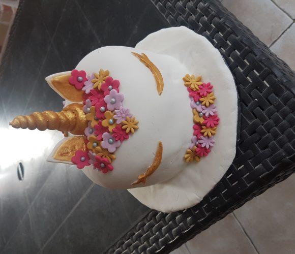 Gâteau Licorne anniversaire Carla 6 ans