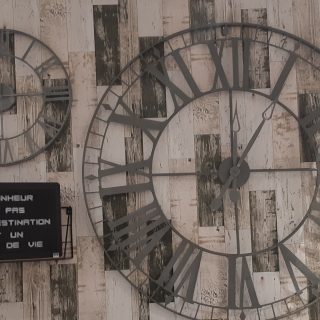 J'ai testé pour vous horloge vintage métal!