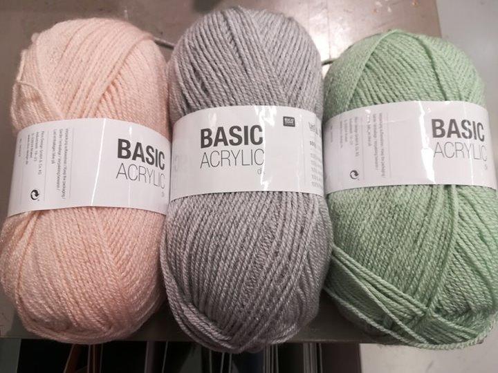 J'ai testé pour vous la laine Basic Acrylic