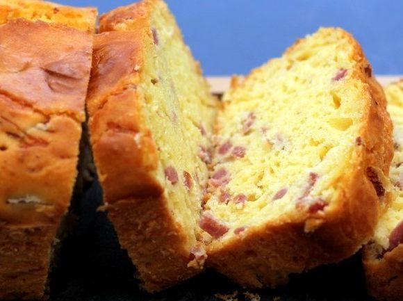 Gâteau au yaourt salé en plat principal ou pour l'apéritif !!!