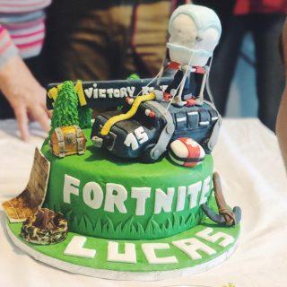 Gâteau Fortnite intérieur chocolat