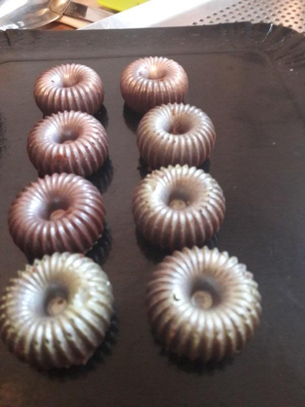 Mes petits chocolats avec le Moule silicone chocolat Choc Crown SILIKOMART