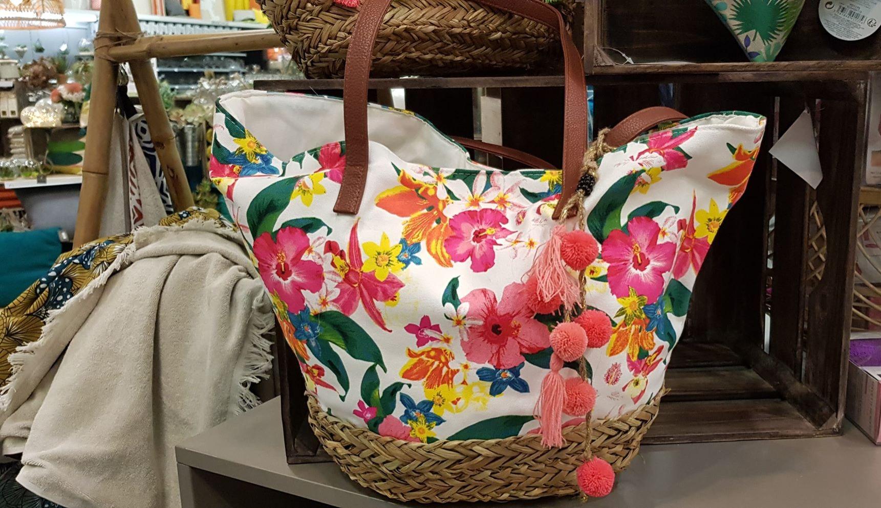 J'ai choisi pour ma Maman un sac tendance pour la plage !