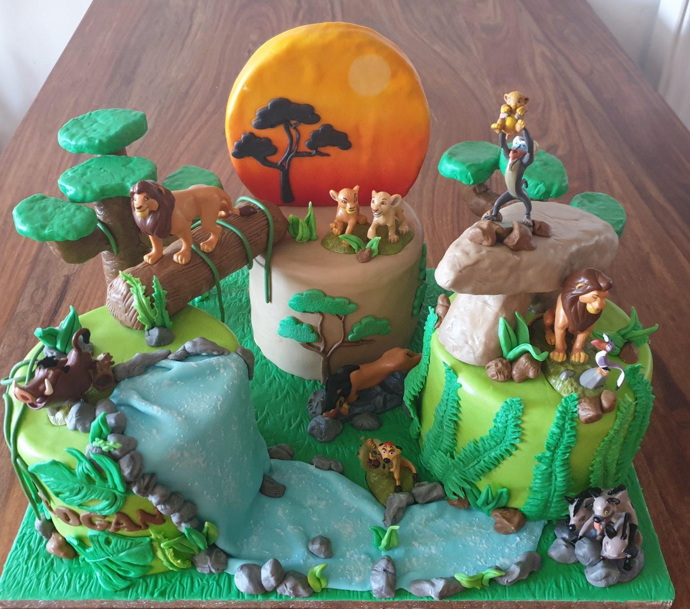 le roi lion cake desgn