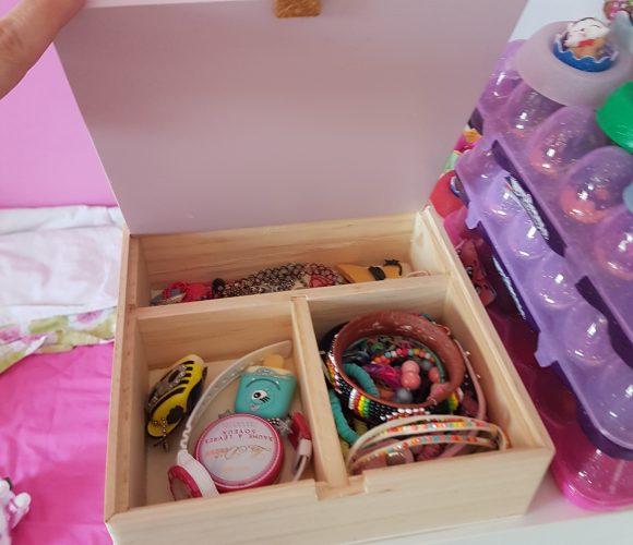 J'ai testé pour vous boîte à bijoux en bois avec son couvercle