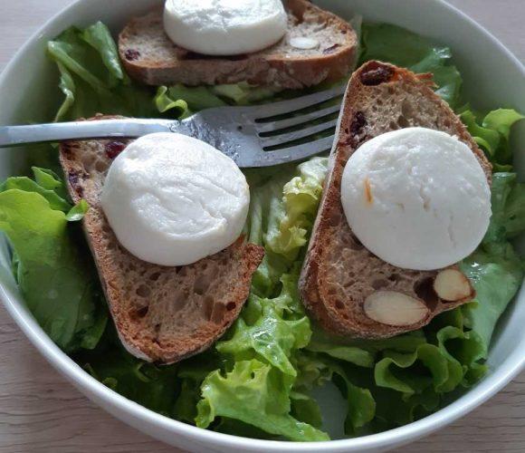 assiette calotte BREDA idéale pour présenter les salades