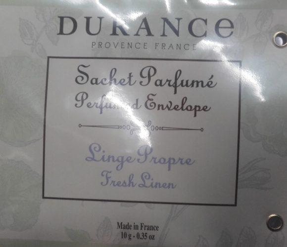 J'ai testé pour vous sachet parfumé senteur Linge propre pour placards