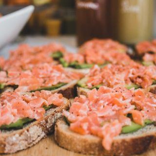Bruschetta saumon avocat