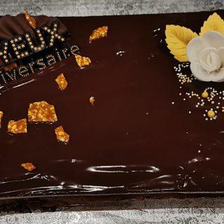 Gâteau au chocolat d'anniversaire