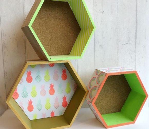 Customiser des étagères avec du papier !