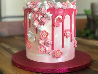 Gâteau fleurs et papillons