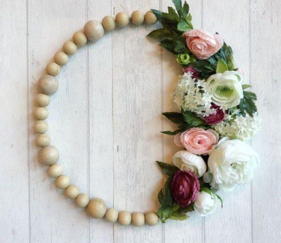 Mon cercle perles de bois et fleurs !