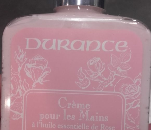 J'ai testé pour vous durance crème pour mains à l'huile essentiel de rose