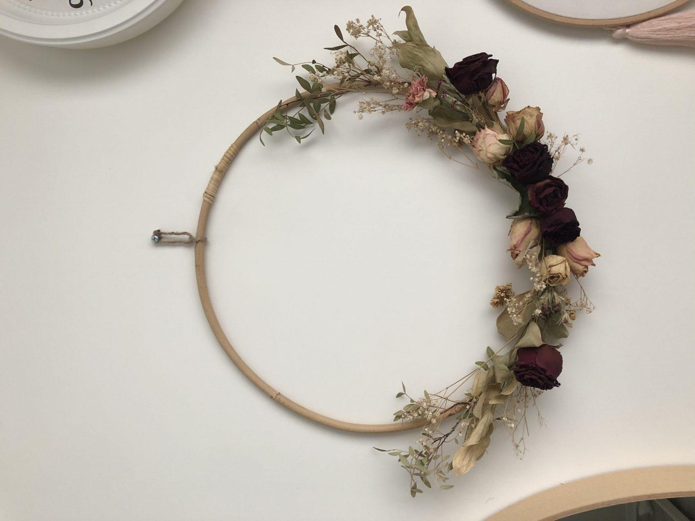 J'ai testé pour vous cercle en rotin 40cm décoré de fleurs sèchés