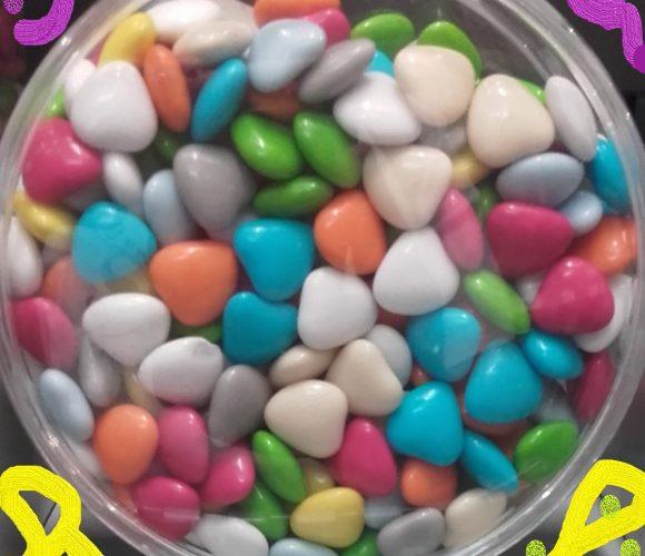 J'ai testé pour vous mini dragées en formes de cœurs chocolat tout en couleurs Patisdecor