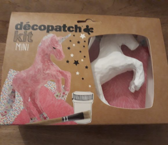J'ai testé pour vous le Mini kit Decopatch Licorne