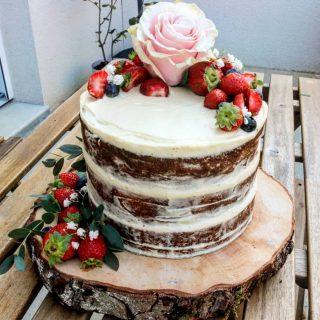 Mon Nude Cake aux fraises !