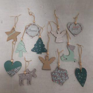 J'ai testé pour vous le coffret Suspensions en bois 36 pièces pour Noël.