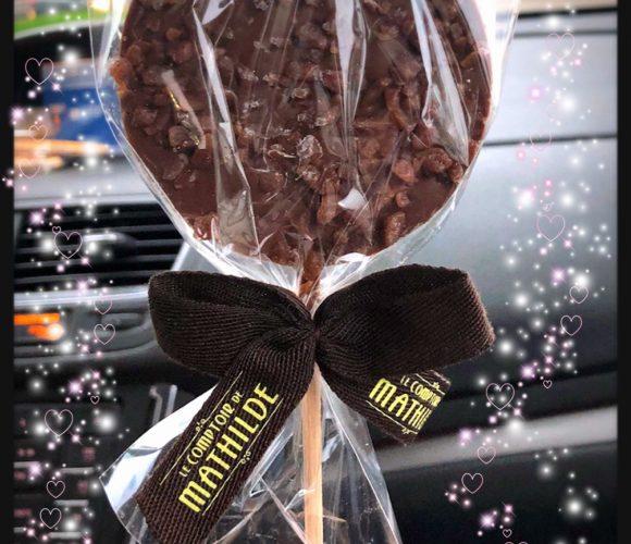 J'ai testé pour vous la sucette au chocolat et caramel du Comptoir de mathil
