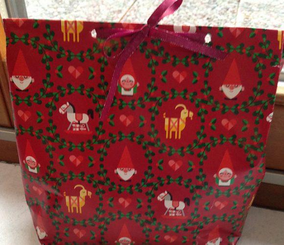 Noël : Un sac cadeau en papier