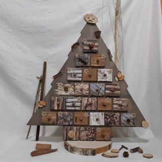 """Mon calendrier de l'avent """"Ballade en forêt""""."""