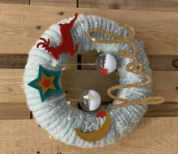 J'ai testé pour vous atelier création couronne de Noël lumineuse parent enfant