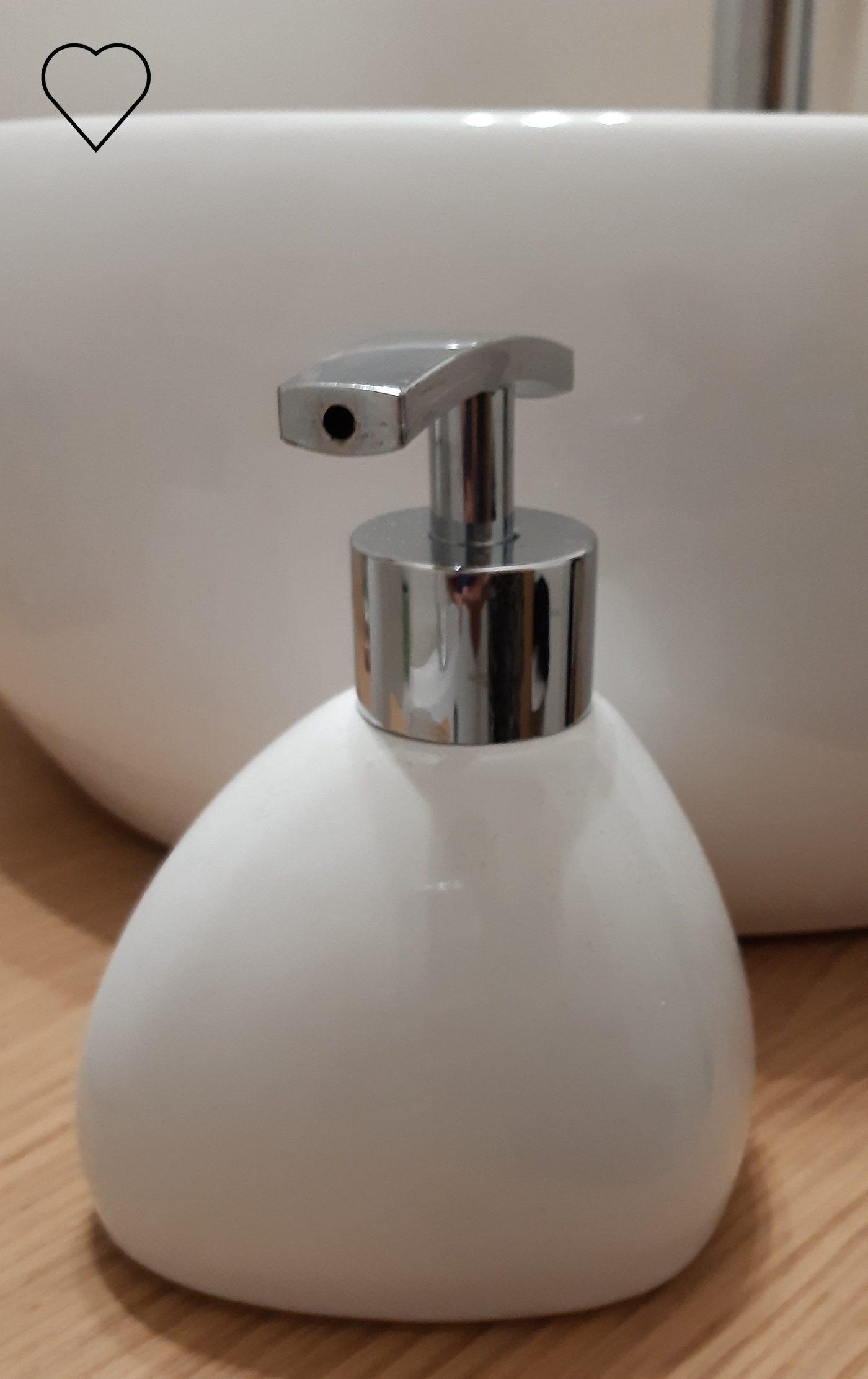 J'ai testé pour vous distributeur de savon silk blanc 5 five simply smart