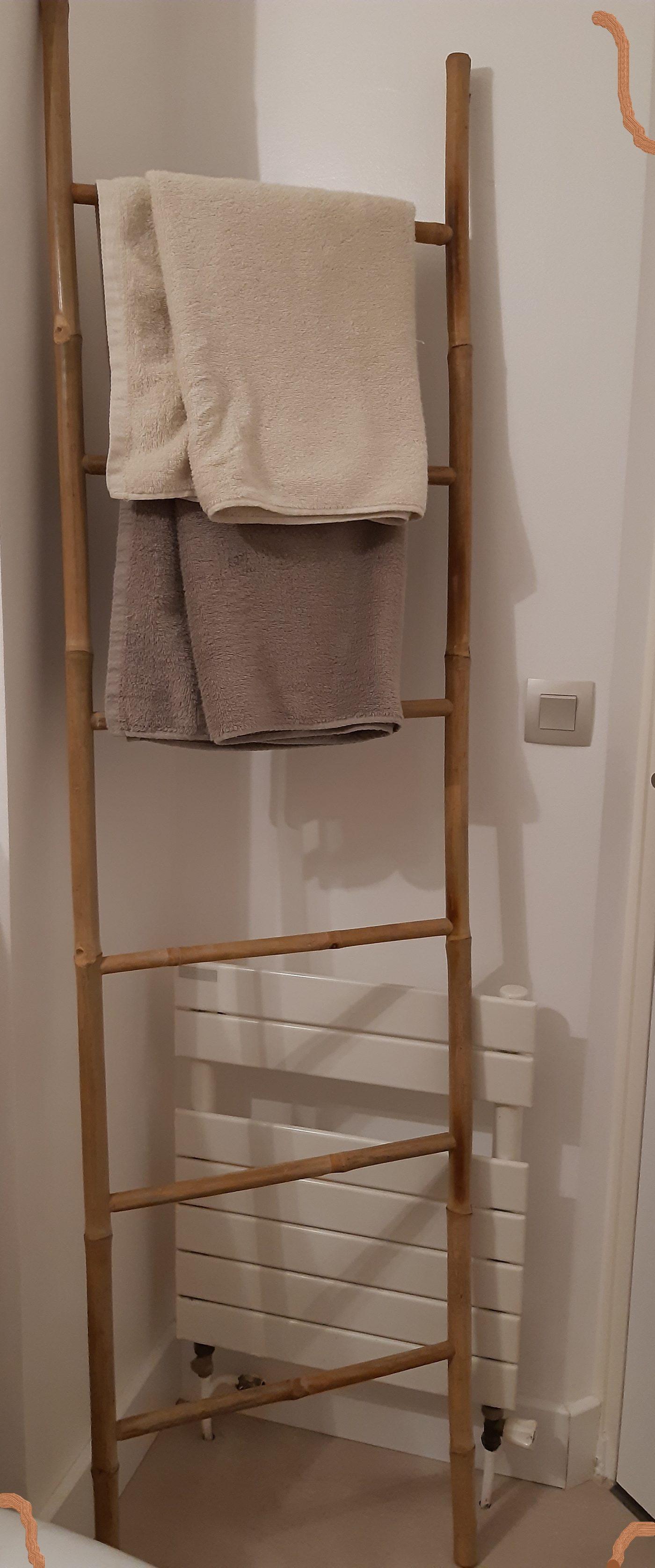 Echelle de salle de bain en bambou naturel