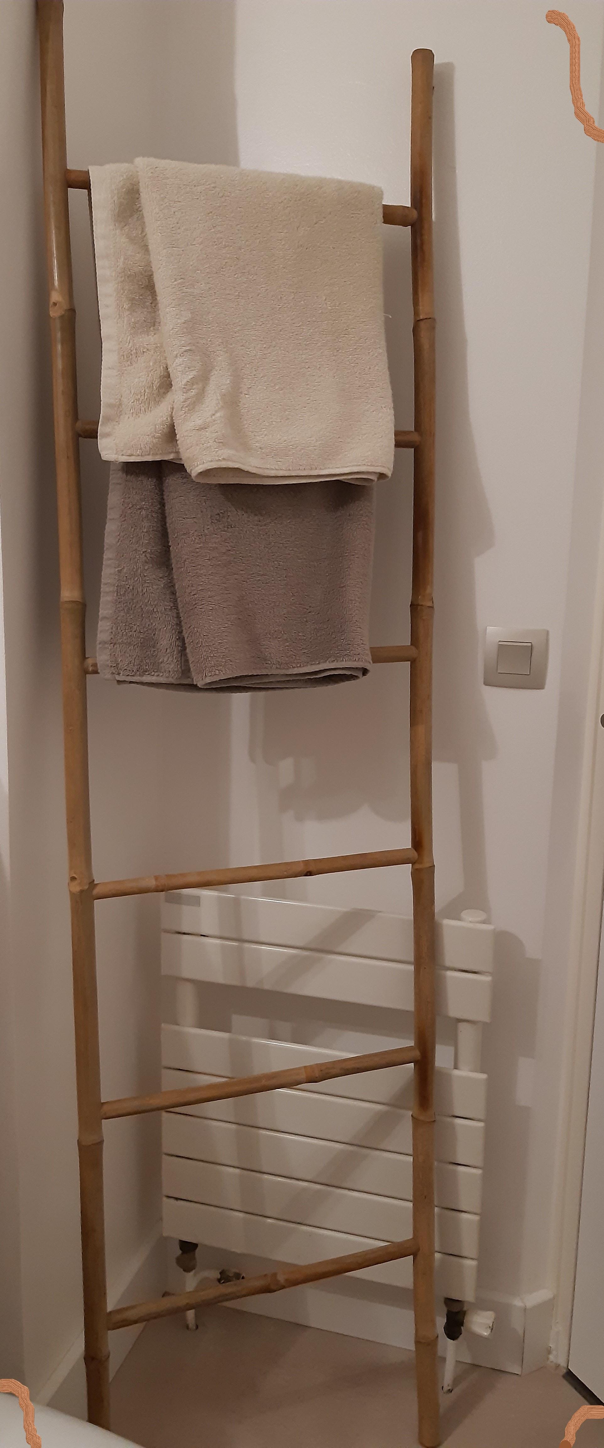 Echelle de salle de bain en bambou naturel (Blog Zôdio)