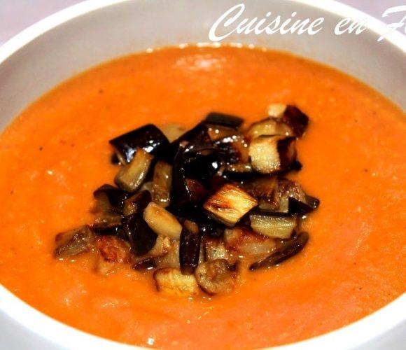 Soupe d'aubergine « brûlée » de Yotam Ottolenghi