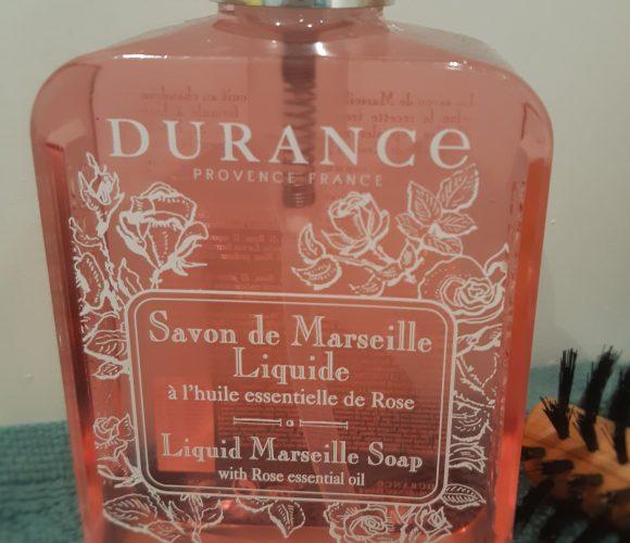 J'ai testé pour vous distributeur de savon de marseille liquide rose