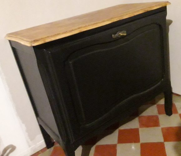 J'ai testé pour vous la peinture pour meuble vernis protecteur relook meuble de chez Maison Déco