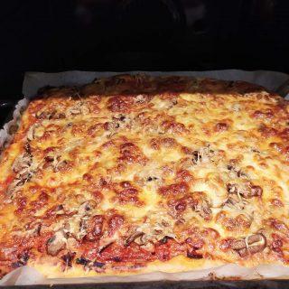 Pizza maison fait par mon italien